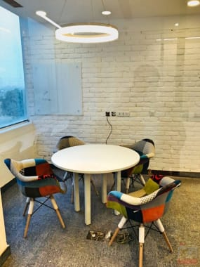 6 seaters Meeting Room Gurgaon Sector 74A the-office-pass-dlf-corporate-greens