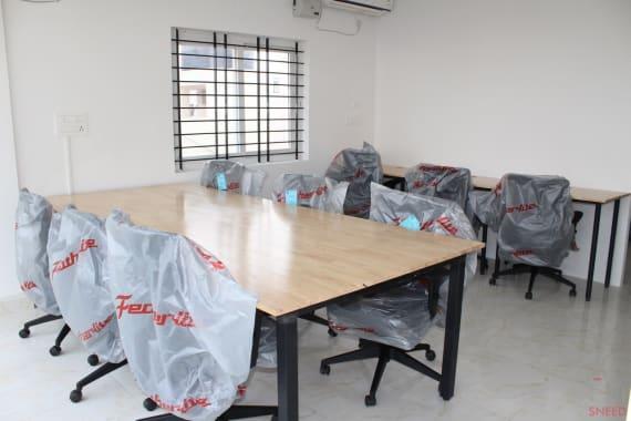 9 seaters Open Desk Bangalore HSR cuble-workspace