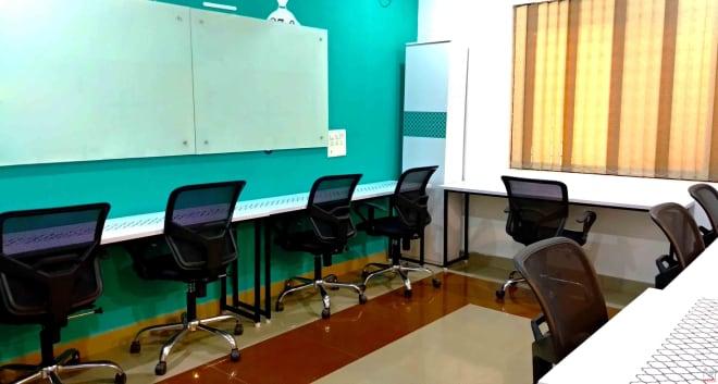 8 seaters Private Room Bangalore HSR hustlehub-27th-main