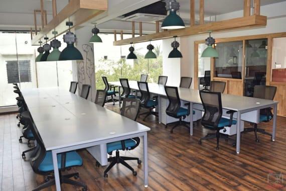 39 seaters Open Desk Bangalore Jayanagar lorven-coworks-jayanagar