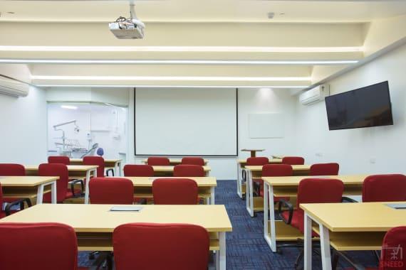 40 seaters Meeting Room Mumbai Prabhadevi interactive-training