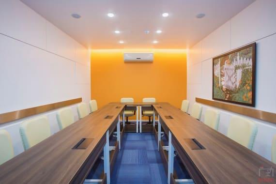 12 seaters Meeting Room Mumbai Prabhadevi interactive-training