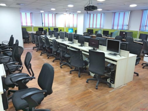 70 seaters Open Desk Chennai T Nagar vsion-tech-park