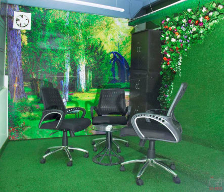 4 seaters Meeting Room Noida Sector 3 go4office