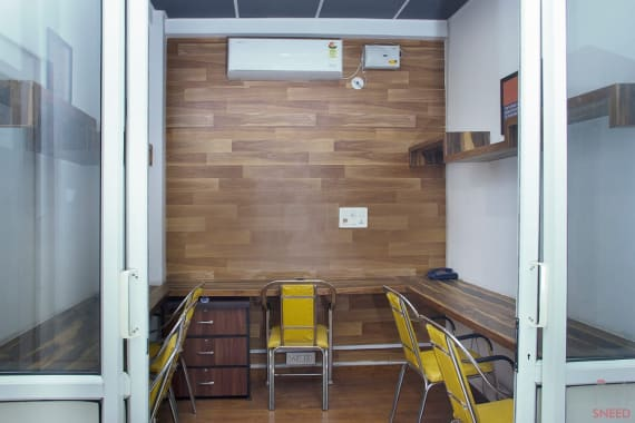 5 seaters Private Room Noida Sector 3 go4office