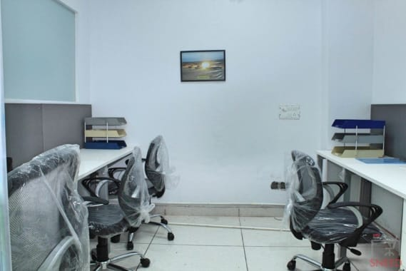 6 seaters Private Room Noida Sector 15 l2l-international