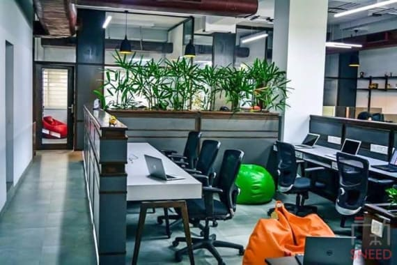 37 seaters Open Desk Bangalore Indiranagar instaoffice-double-road