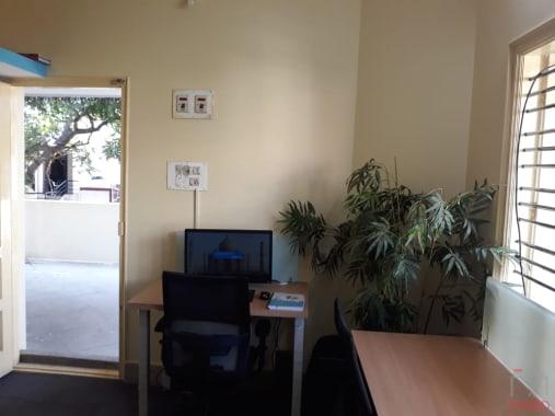 12 seaters Open Desk Bangalore Koramangala safa-office