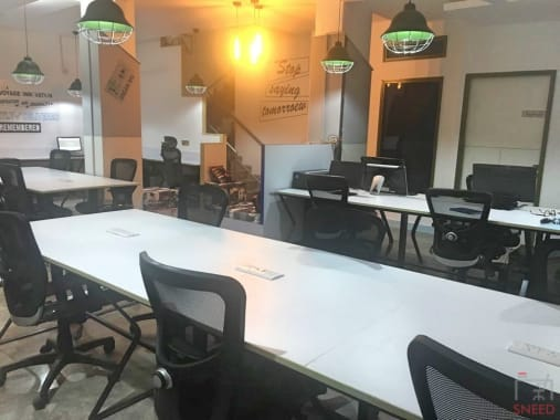 21 seaters Open Desk New Delhi Green Park urban-hive-spaces