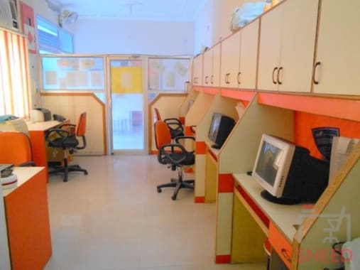 16 seaters Open Desk Lucknow Indira Nagar quest-junction