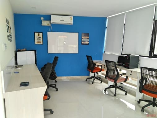 7 seaters Private Room Bangalore Marathahalli inspire-workplace