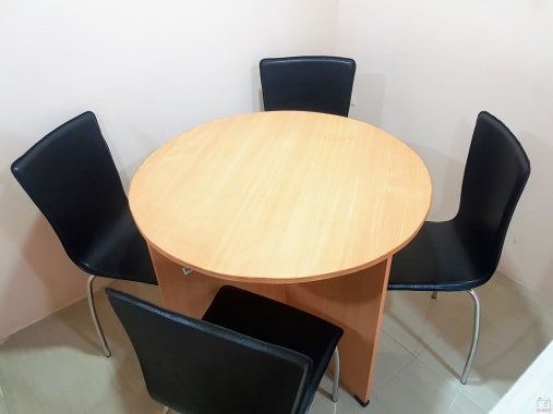3 seaters Meeting Room Bangalore Kammanahalli high-calibre-league