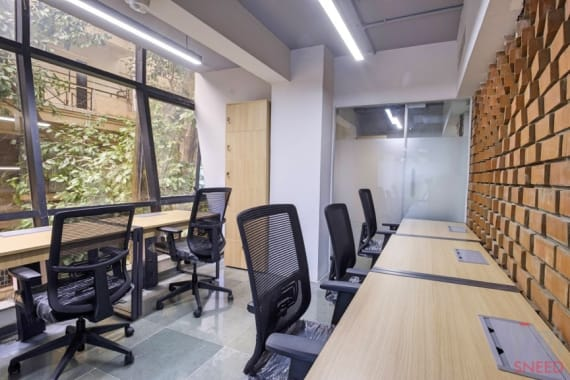 6 seaters Private Room Bangalore MG Road clayworks-cbd