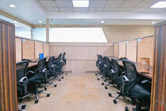 10 seaters Private Room Noida Sector 132 myhq-piwork