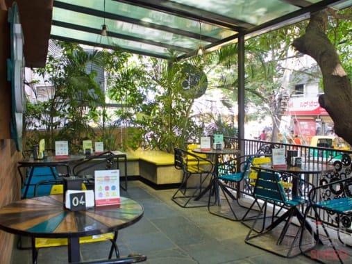 20 seaters Open Desk Bangalore Indiranagar dialogues-teal-door-cafe