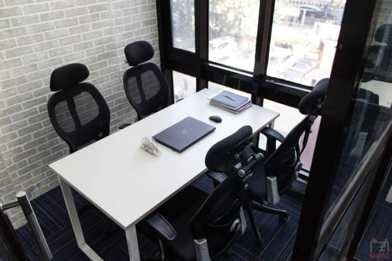 4 seaters Private Room New Delhi KG Marg mydesk-coworking