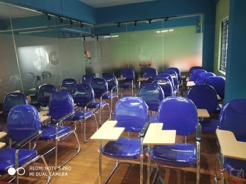 25 seaters Training Room Bangalore Rajajinagar giga-364