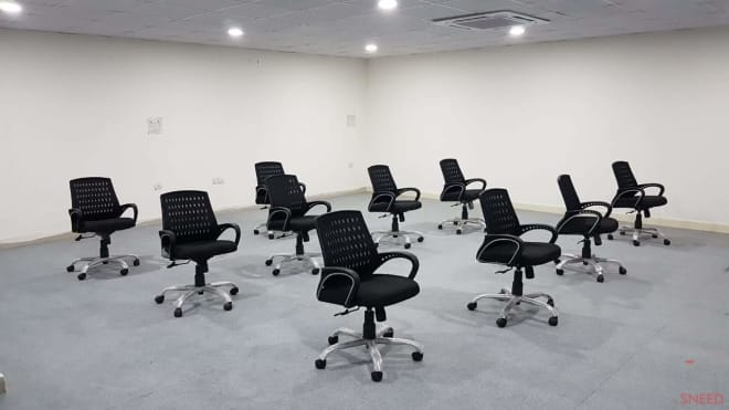 25 seaters Training Room New Delhi Mayur Vihar techarbeits-plug-and-play-office