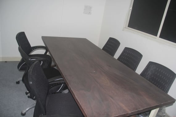7 seaters Private Room New Delhi Mayur Vihar techarbeits-plug-and-play-office
