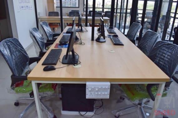 6 seaters Private Room Ahmedabad Vastrapur coworkaholic