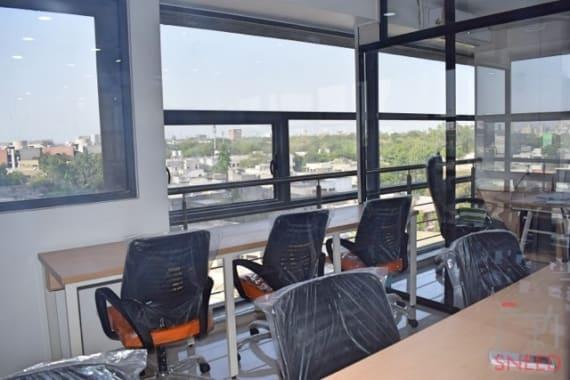 6 seaters Open Desk Ahmedabad Vastrapur coworkaholic