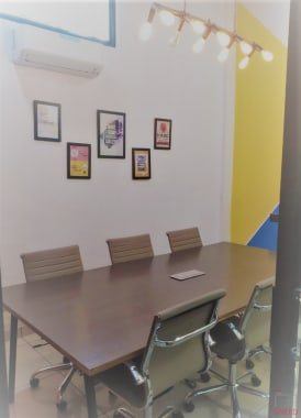 6 seaters Meeting Room Noida Sector 8 xspaces