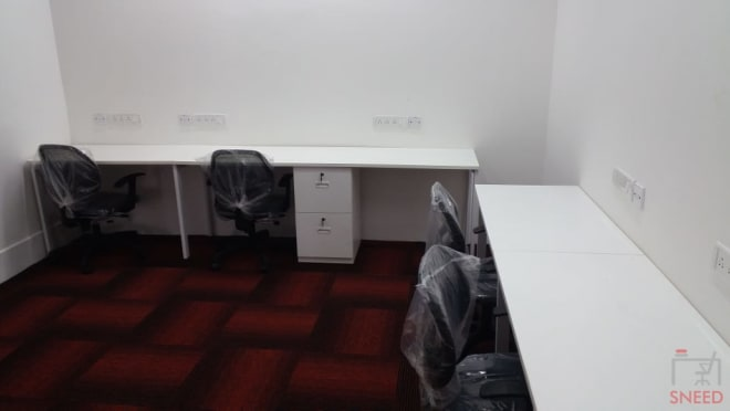 5 seaters Private Room Bangalore Residency Road business-hut