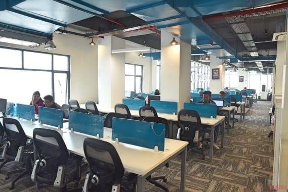 100 seaters Open Desk Lucknow Gomti Nagar incuspaze-levana-cyber-heights