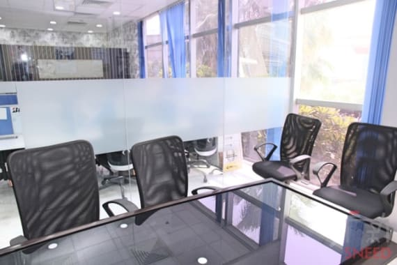 24 seaters Open Desk Gurgaon Golf Course Road startup-offices-101