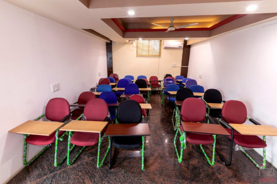 20 seaters Training Room Bangalore Bellandur workvista-belllandur