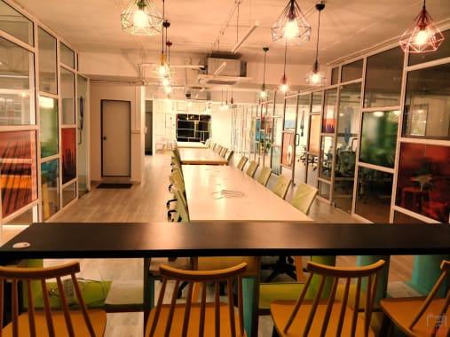 28 seaters Open Desk Pune Aundh cowerkz-aundh