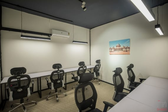 7 seaters Private Room New Delhi Connaught Place abl-workspaces-connaught-place