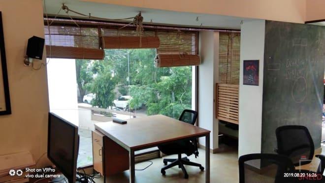 3 seaters Open Desk Ahmedabad Ellisbridge uncubate-working-co-
