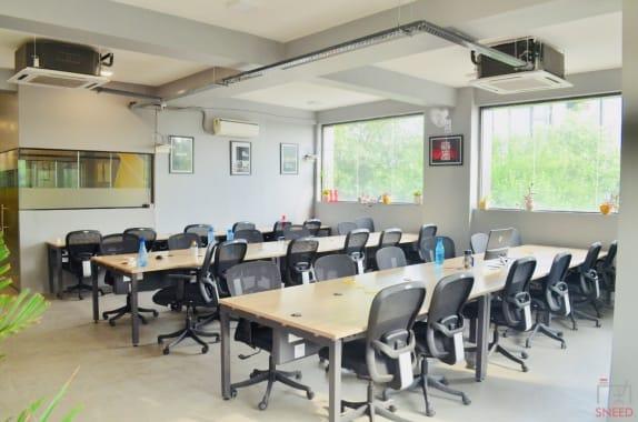 40 seaters Open Desk New Delhi Dwarka invento-workspaces