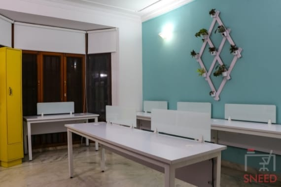 45 seaters Open Desk Bangalore Cunningham Road hobnob-space