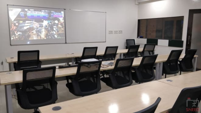 18 seaters Training Room Bangalore HSR decibels-lab