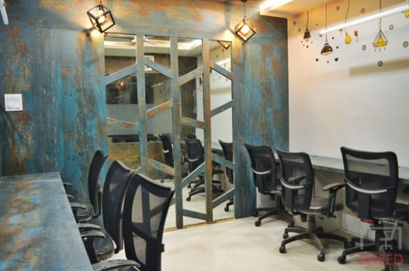6 seaters Private Room Bhopal MP Nagar qubikals-coworking-space