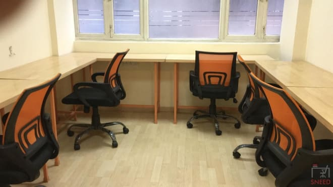 8 seaters Private Room Noida Sector 10 delhi-co.-noida
