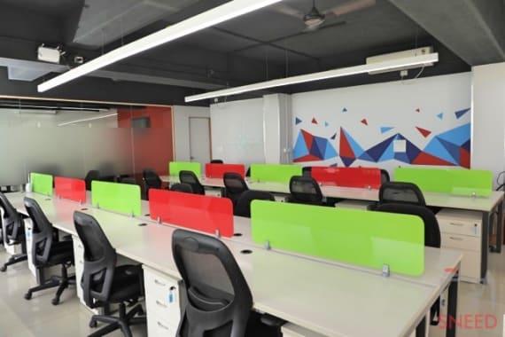 20 seaters Open Desk Bangalore Indiranagar cluster5