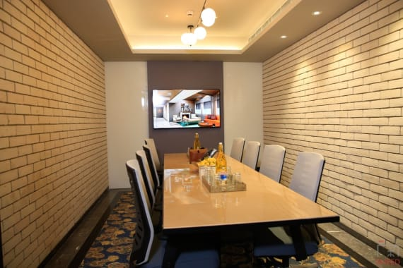 8 seaters Meeting Room New Delhi Connaught Place corporatedge-hindustan-times