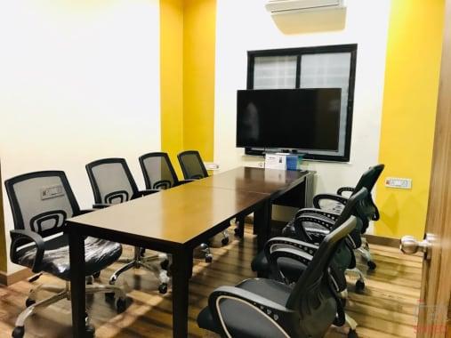 8 seaters Meeting Room Nagpur KT Nagar stint-coworking-kt-nagar