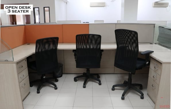 3 seaters Private Room Pune Baner aic-pinnacle