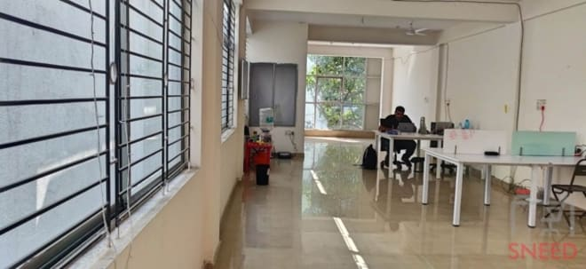 10 seaters Open Desk Bangalore Fraser Town pakkalabs