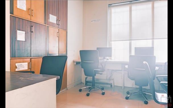 5 seaters Open Desk Pune Baner spala-shroff-house