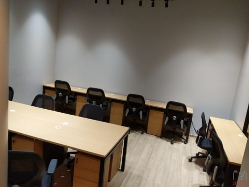 6 seaters Private Room Mumbai Mulund lets-work-cospaces