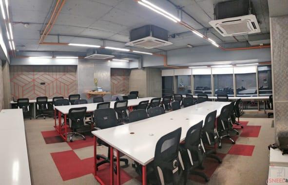 30 seaters Open Desk Mumbai Andheri West umami-spaces