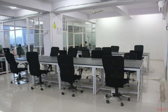 60 seaters Open Desk Jaipur Bais Godam cowocoli-bais-godam