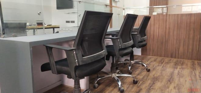 12 seaters Open Desk New Delhi Green Park biz-vin-workspace