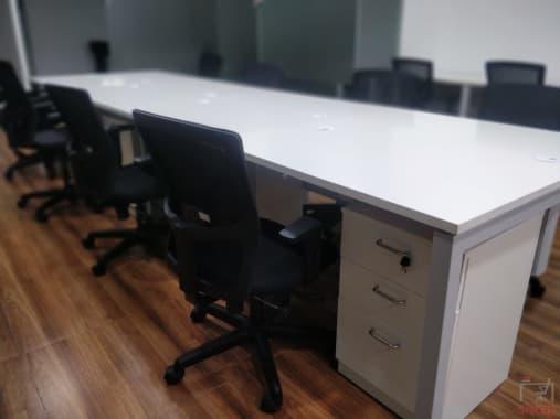 10 seaters Open Desk Bangalore Rajajinagar space-55
