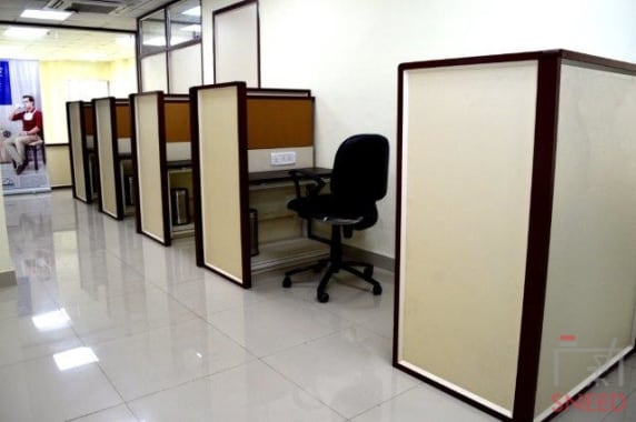 15 seaters Open Desk Bhopal MP Nagar mybranch-bhopal